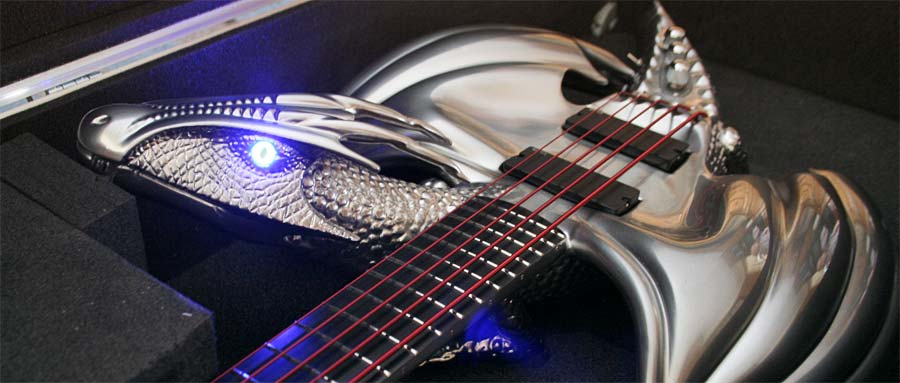 Bass Special: Emerald Guitars Draco Bass