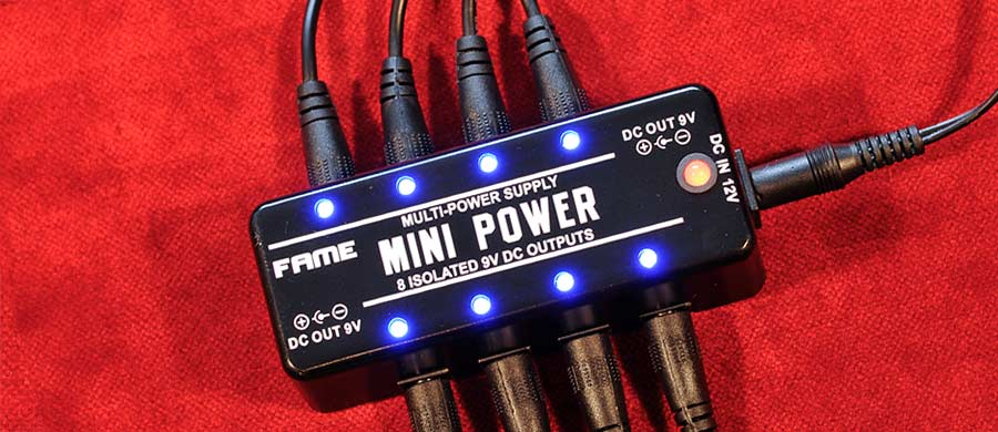 Bass Professor 2/2017 Test: FAME LEF-329 Mini Power