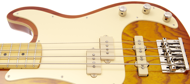 Bass Professor Test: St. Blues Guitars 'King Blues Bass'