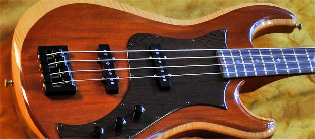 Bass Professor Test Knaggs Guitars