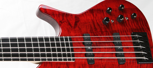 Bass Professor 3/2011 - Test Manne Mojave5 Special