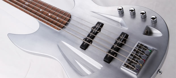 Bass Professor Test: Aristides 050 Alu