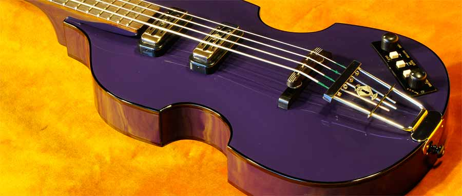 Bass Professor 3/2013, Ausgabe 70. Test Höfner Purple