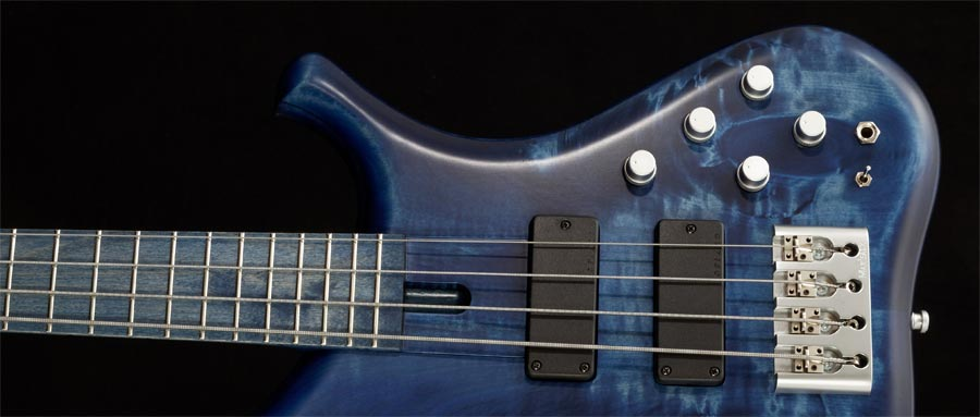 Bass Professor 3/2013, Ausgabe 70. Test: MARLEAUX Consat Custom 4 bolt on Regio Tone Wood (RTW)