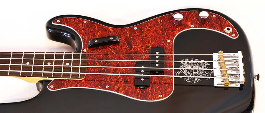 Bass Professor 4/2014. Test: SQUIER Eva Gardner Precision Bass
