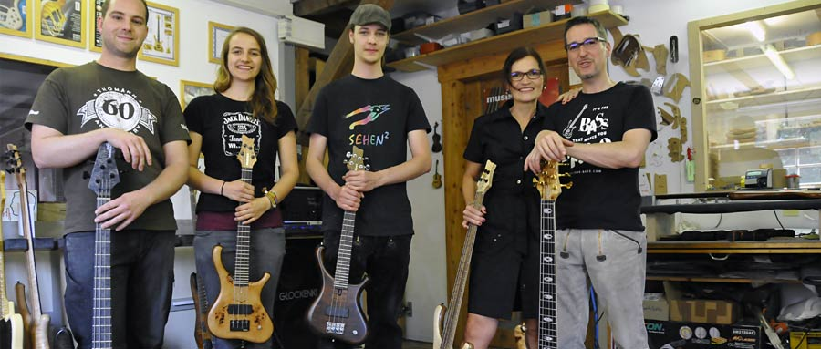 Bass Professor 5/2014, Firmenportrait: MARELAUX Bass Guitars