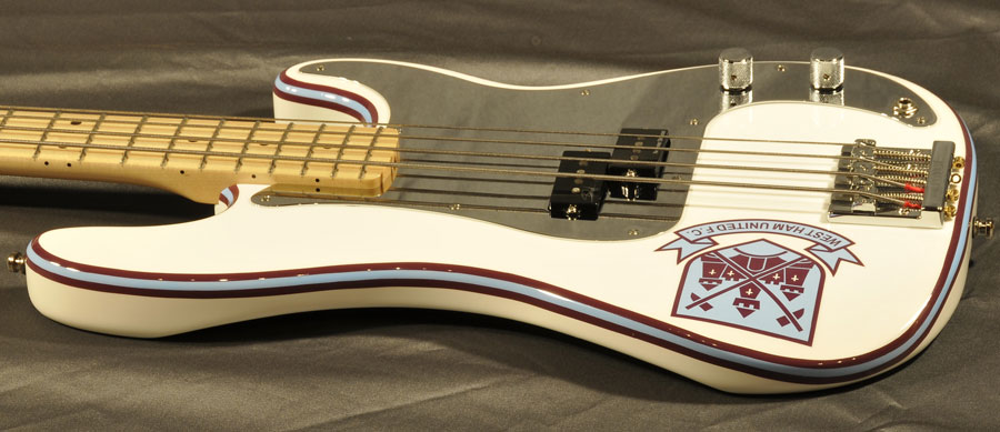 Bass Professor 5/2015, Test: FENDER Steve Harris Precision Bass