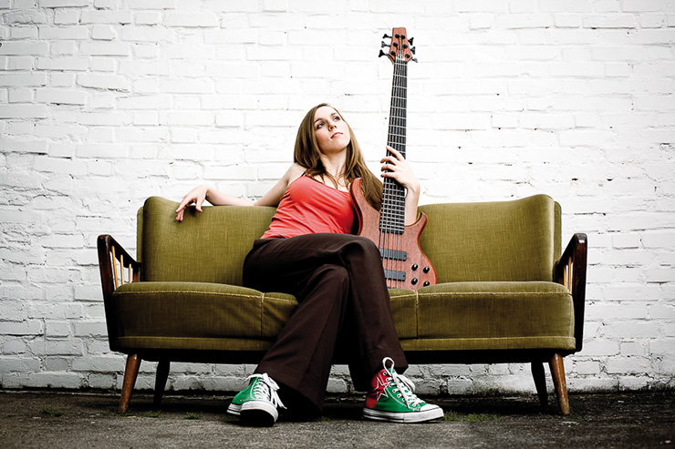 Bass Professor 2/2017, Lady On Bass: Franziska Plückhan